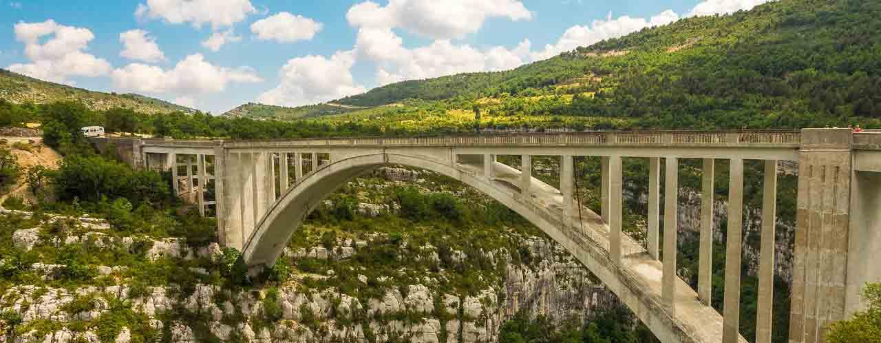 pont artuby elastique